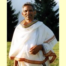 Raspa tu lengua cada mañana. Swami Joytimayananda