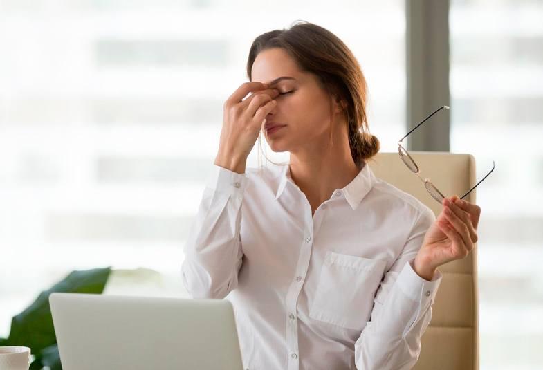 dolor-de-cabeza-cansancio-acumulado-consejos