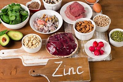 Alimentos naturales que forman parte de la familia de los que poseen zinc