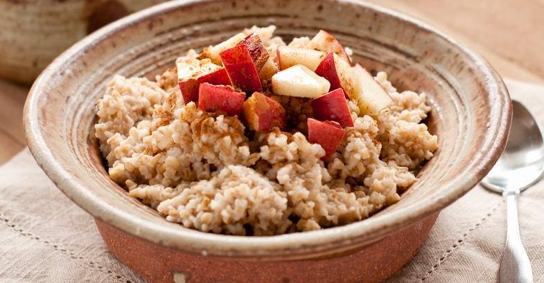 desayunar-quinoa-manzana-comer-saludable